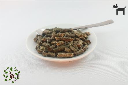 Luzerne - Pellets aus getrockneten Gräsern